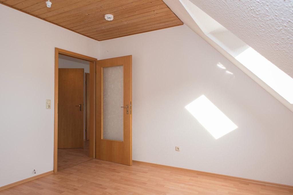 Dachgeschosswohnung mit Blick über Augsburg Schlafen Bild 2