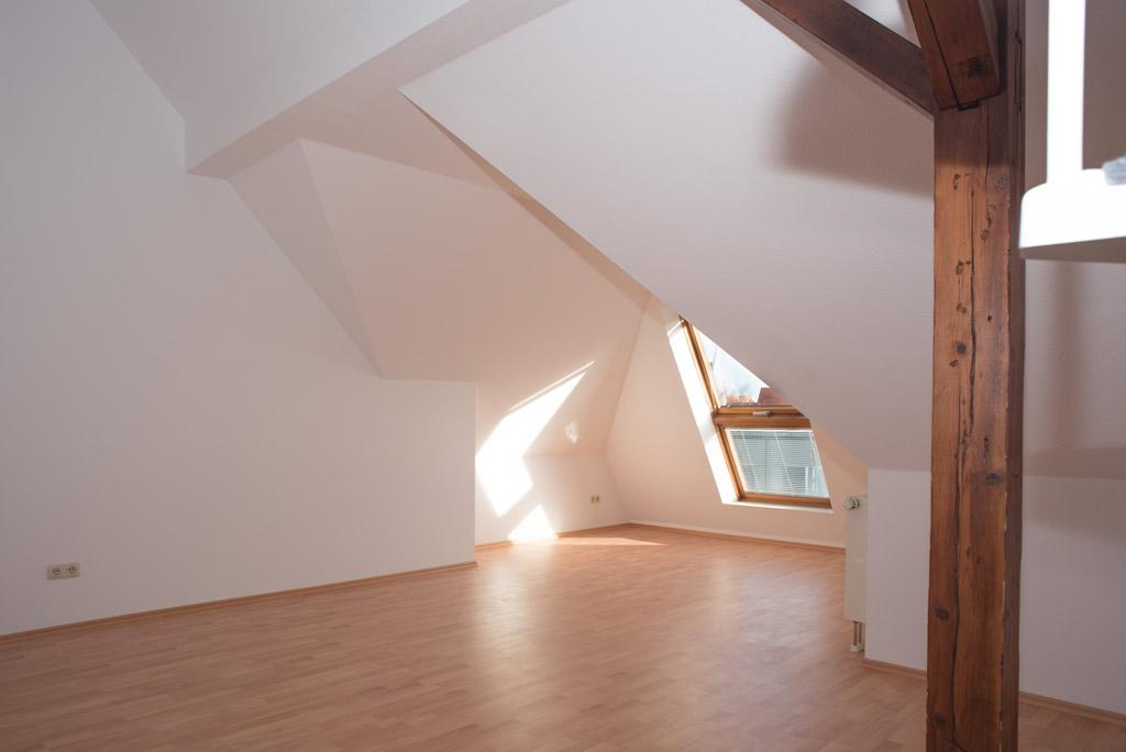 Dachgeschosswohnung mit Blick über Augsburg Wohnen Bild 2