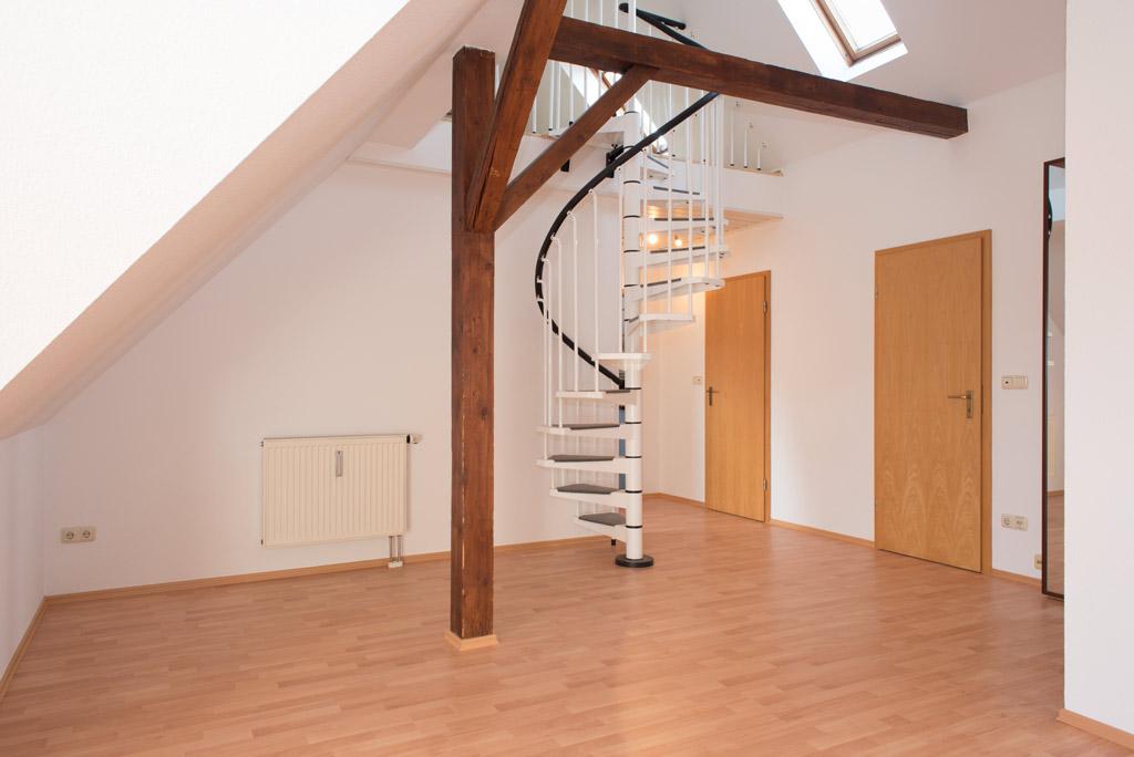 Dachgeschosswohnung mit Blick über Augsburg Wohnen Bild 3
