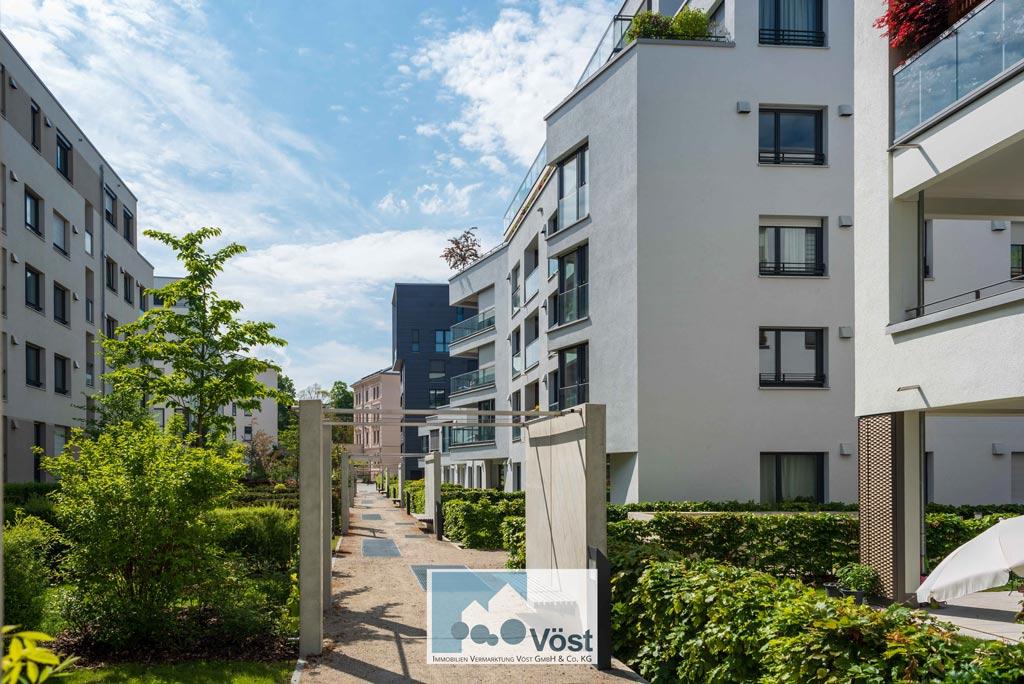 Moderne Stadtwohnung mit Garten