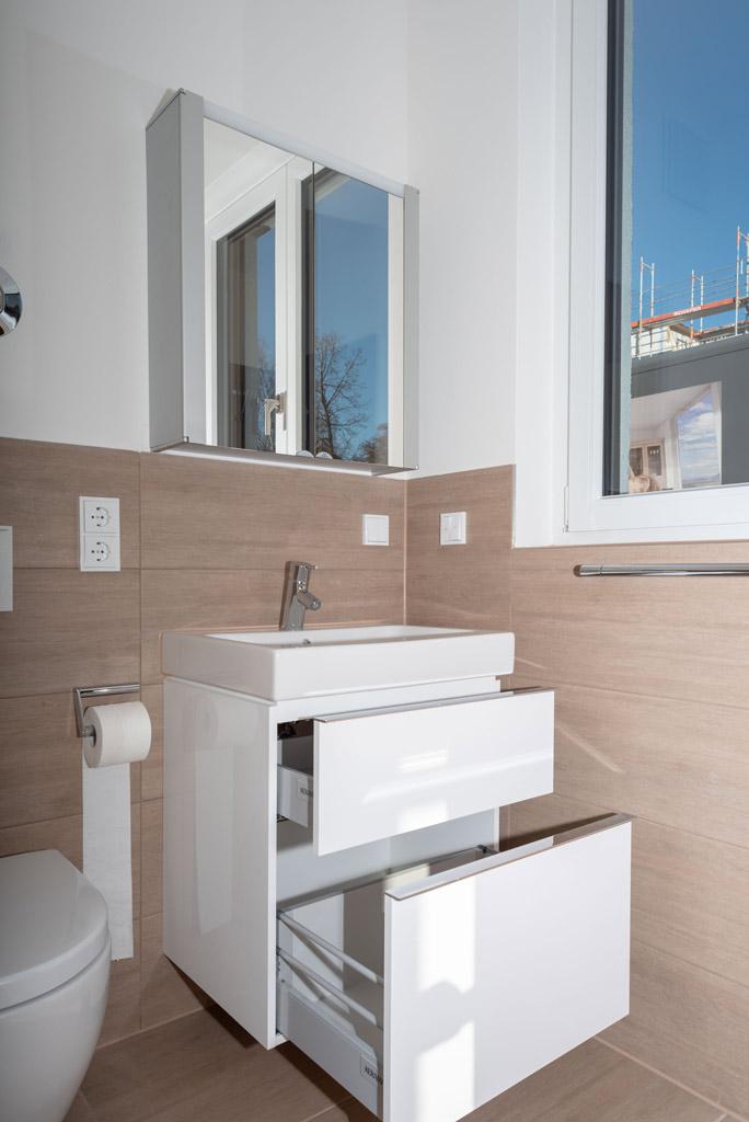 Mondänes Apartment in ruhiger Lage voll möbliert Bad