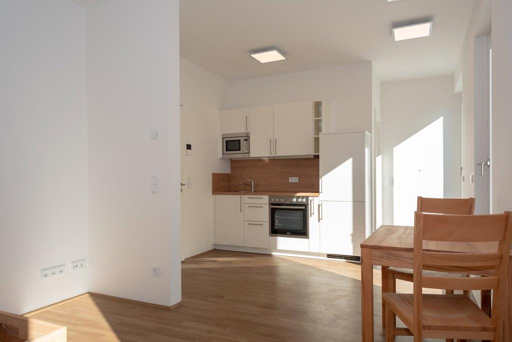 Mondänes Apartment in ruhiger Lage voll möbliert Wohnen Bild 3